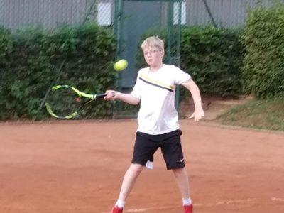 Das größte Jüngsten-Tennisturnier in Detmold: Lennart Mohwinkel war dabei